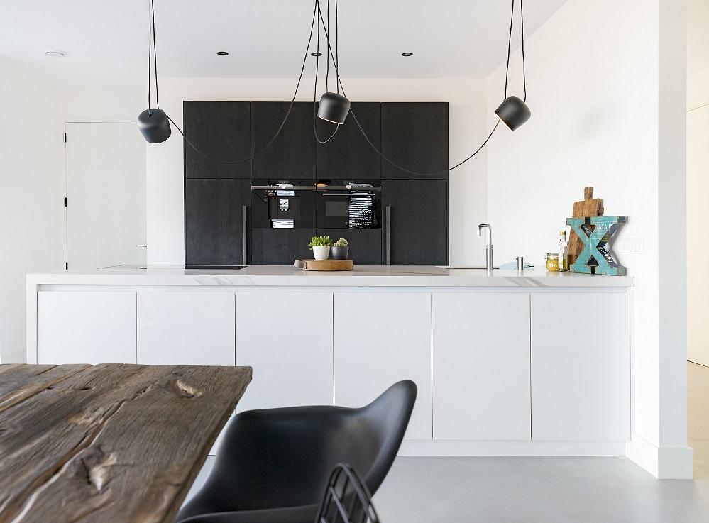Marmer Zwart Keuken : Warme matte keuken met marmeren blad dsm keukens