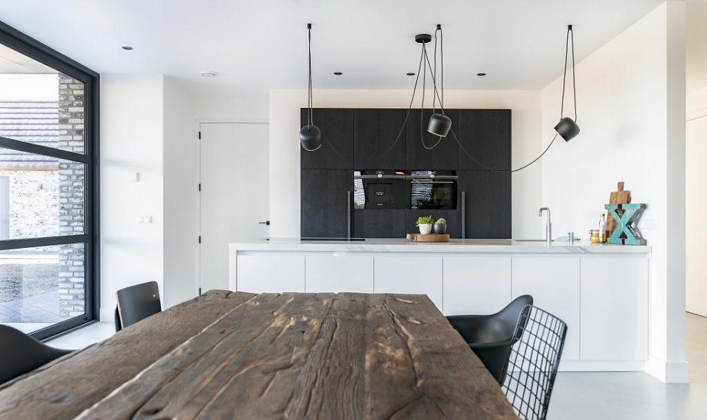 Marmer Zwart Keuken : Zwart wit en marmer u royaal maatwerk keukens